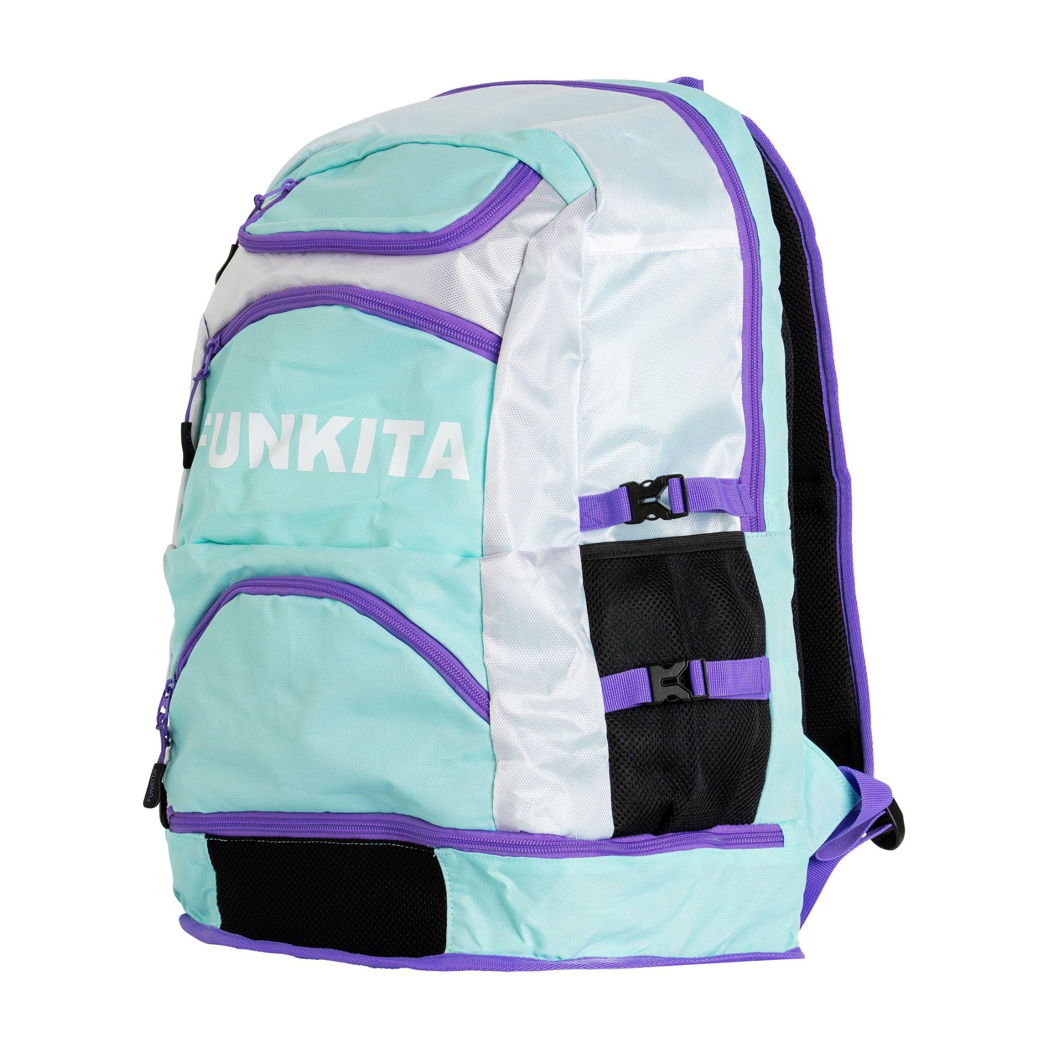 97d74c0391 Batohy mají pohodlná polstrovaná záda a příjemné ramenní popruhy. Dámy  jistě ocení něžný design batohu Funkita Backpack Mint Dreams a pánové  moderní barvy ...